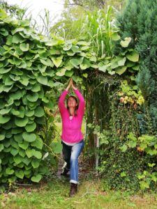 Tanja-Miesner-Yoga-Pose-1
